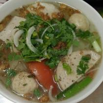 Huỳnh Lam - Bún Mọc & Bún Thịt Nướng