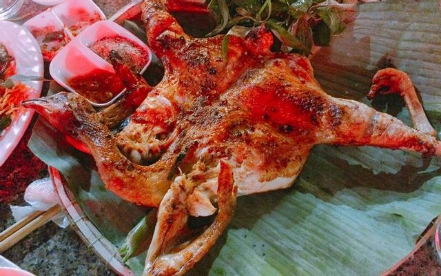 Hương Đồng Quán - Các Món Gà ở Huế