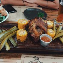 Ụt Ụt Quán - Barbecue & Beer - Trường Sa