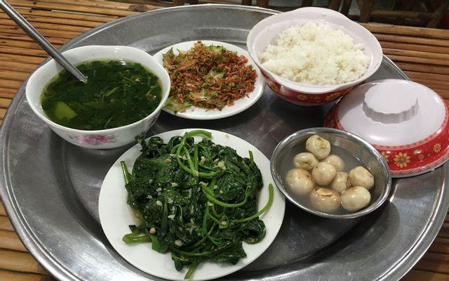 Quán Hiền Ty - Cơm Gia Đình & Nem Nướng ở Lâm Đồng