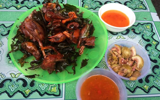 Khu Ăn Uống Chợ Ninh Hiệp ở Hà Nội