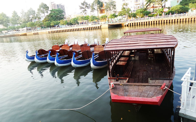 Thuyền Sài Gòn - Cafe & Thuyền Du Lịch ở TP. HCM