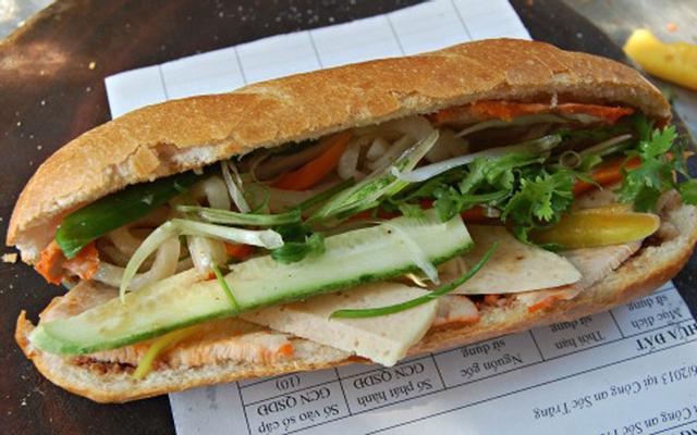Bánh Mì Hưng ở Nam Định