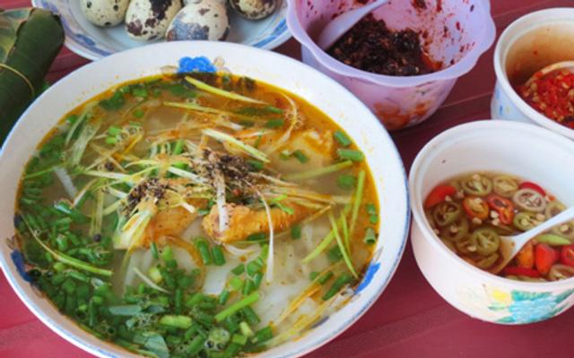 Bánh Canh Dì Nhỏ - Bánh Canh Thủy Dương ở Huế
