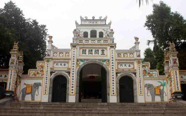 Đền Sái ở Hà Nội