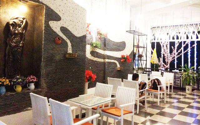 Riverside Coffee & Karaoke ở Kon Tum