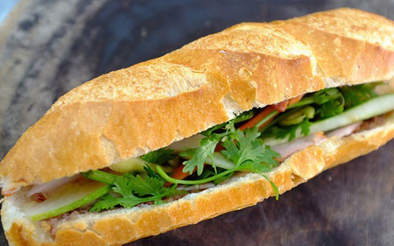 A Lủ - Bánh Mì Nem Nướng