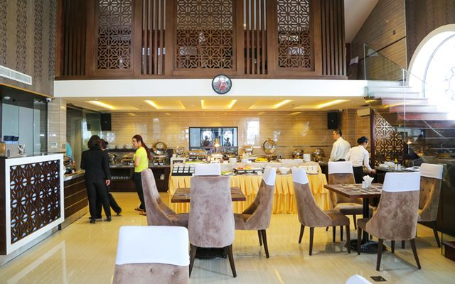 Athena Buffet & Rooftop Coffee - Athena Hotel ở TP. HCM