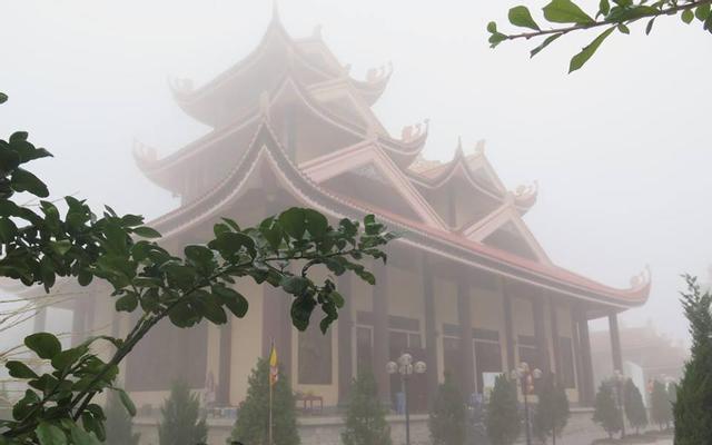 Thiền Viện Trúc Lâm Hàm Rồng ở Thanh Hoá