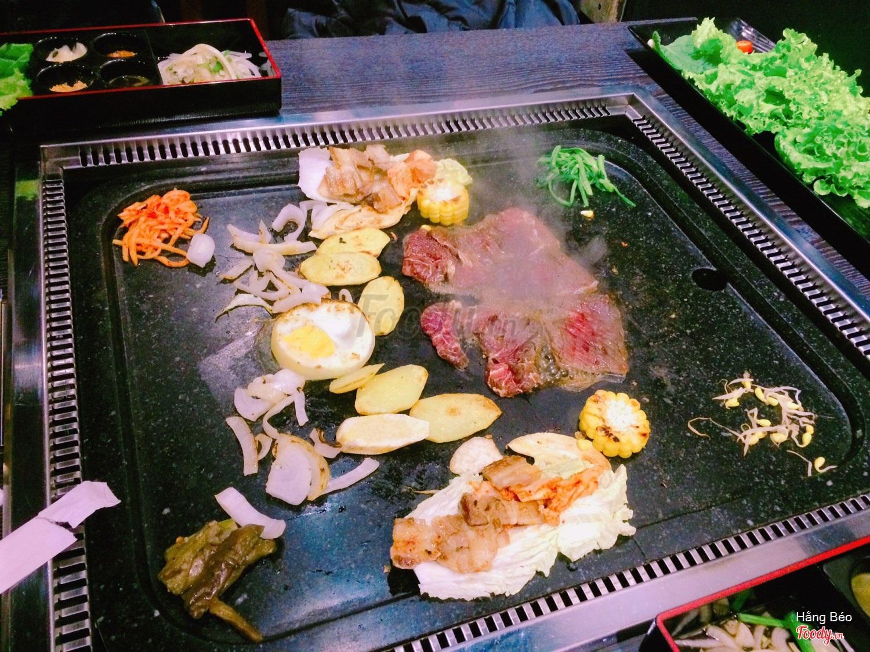 Nhà hàng Hàn Quốc Black Stone BBQ