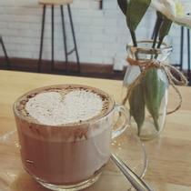 Hey Cafe - Bạch Đằng
