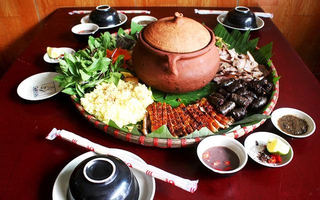 Nhà Hàng Đỗ Quyên - Đỉnh Fansipan ở Lào Cai