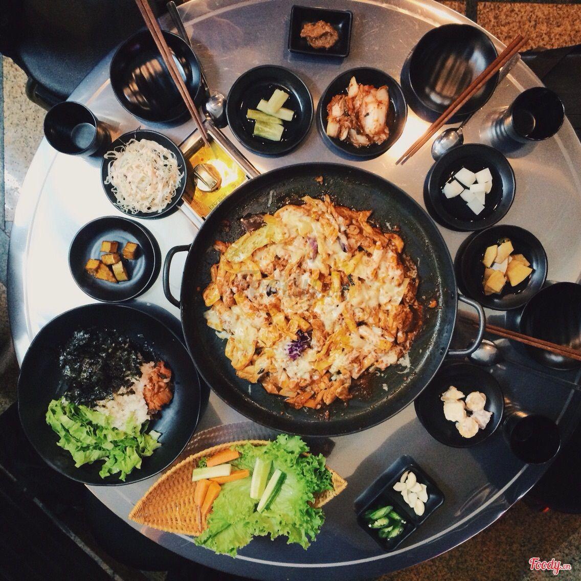 Nhà hàng Hàn Quốc King Dakgalbi