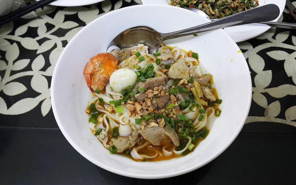 Mì Quảng Lan - Thoại Ngọc Hầu