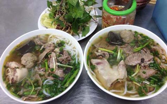 Tình Linh - Bún Bò Huế ở Hà Nội