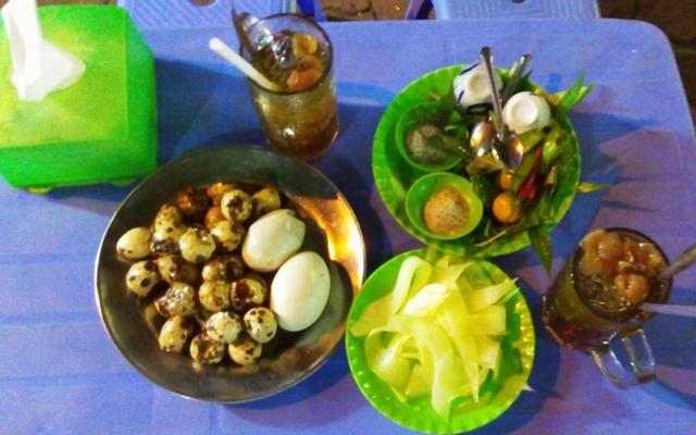 Hột Vịt Lộn Nước Dừa Cậu Tư ở Vũng Tàu