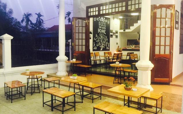 Taka Box Coffee & Milk Tea - 15 Đào Tấn ở Huế