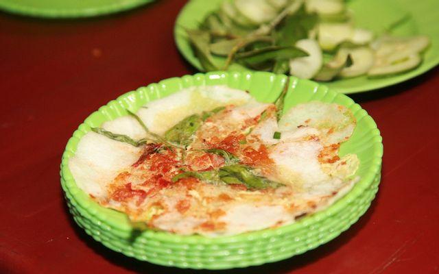 Bánh Ép Bà Hỏi - 75 Hoàng Quang ở Huế