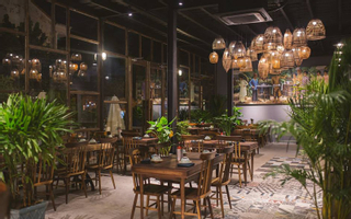 Quán Bụi Garden