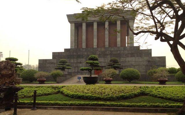 Lăng Chủ Tịch Hồ Chí Minh ở Hà Nội