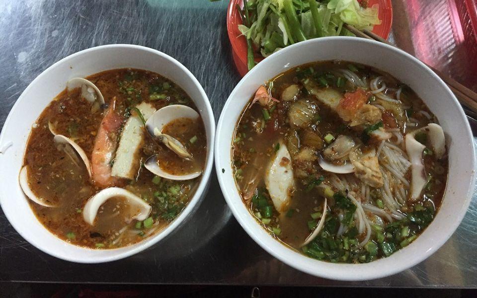 Kiều Trang - Bún Thái Hải Sản