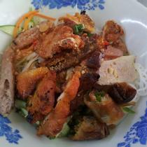 Ngọc Cẩm - Bún Thịt Nướng & Nem Nướng