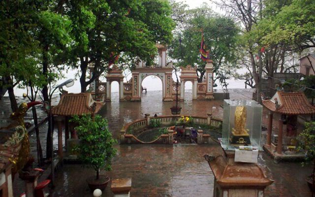 Đền Chợ Củi ở Hà Tĩnh