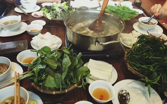 Lẩu Cua Đồng - Thị Trấn Xuân Mai ở Hà Nội