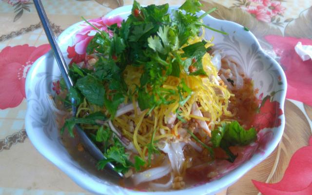 Phương Thảo - Bánh Đúc Nóng & Phở Chua ở Lạng Sơn