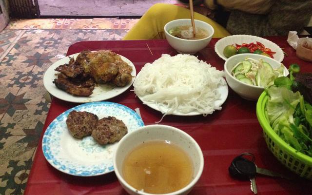 Bún Chả Cô Dung ở Hà Nội