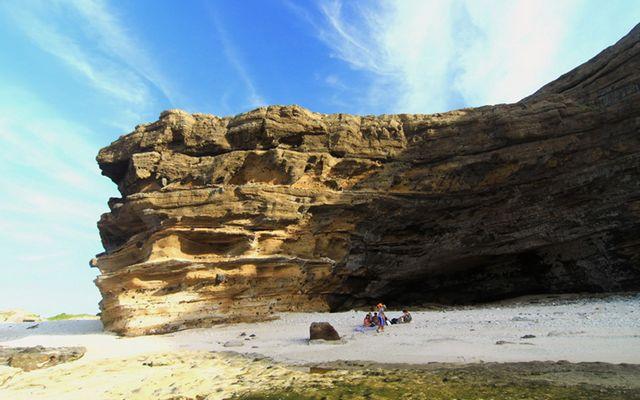 Hang Câu - Đảo Lý Sơn - Xã An Hải ở Quảng Ngãi