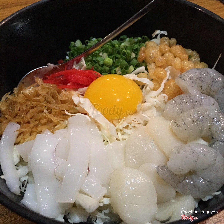 hinh-anh-sushi-tai-nha-hang-nhat-miyakoya-9