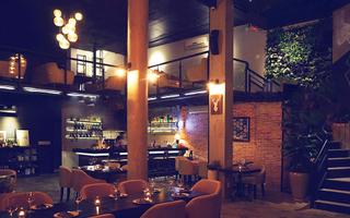 Nash Wine & Tapas Bar
