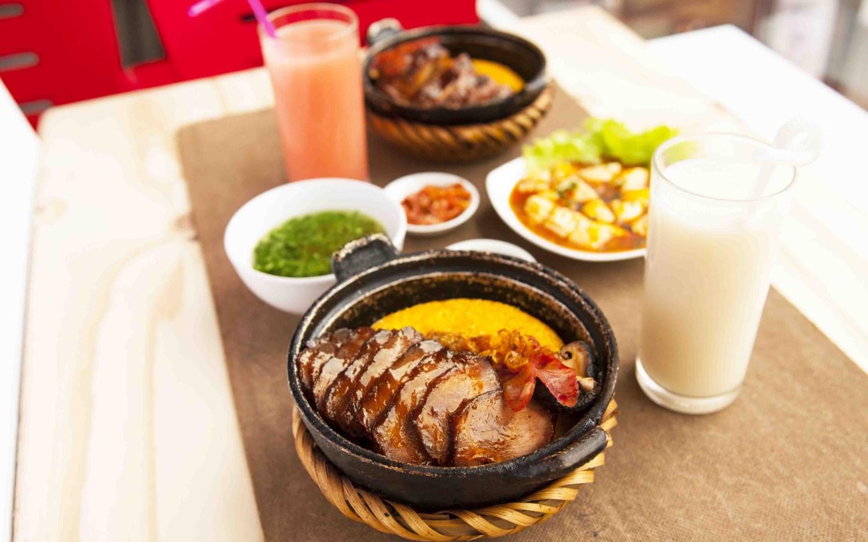 KOMBO - Cơm Niêu Singapore - Lạc Trung