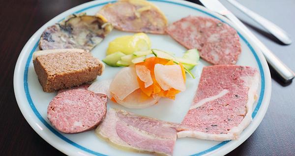Nguyên Sinh - Chả Giò Thịt Nguội & Đặc Sản