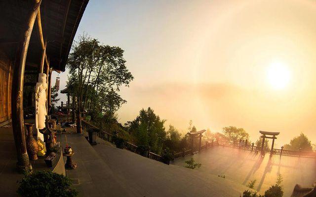 Chùa Linh Quy Pháp Ấn ở Lâm Đồng