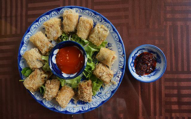 Vạn Hạnh - Món Chay ở Huế