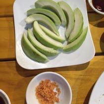 Cây Trứng Cá - Food & Wine