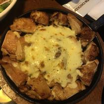Don Chicken - Chicken & Pub - Cách Mạng Tháng 8