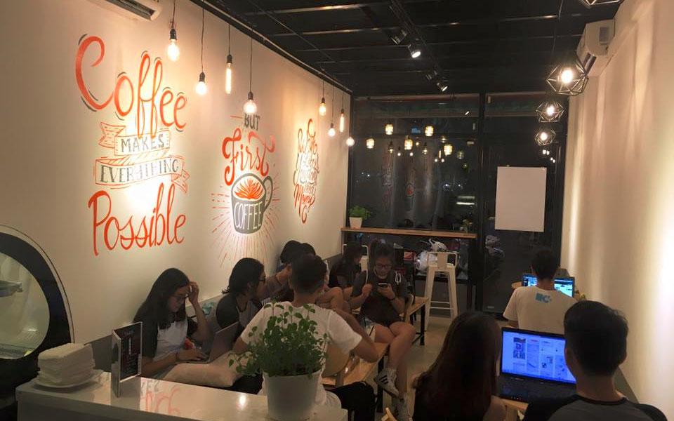 Youth Drink & Dessert - Thượng Đình