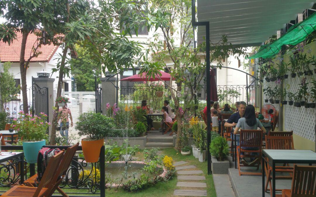 Mộc Cầm - Cafe Sân Vườn & Điểm Tâm Sáng