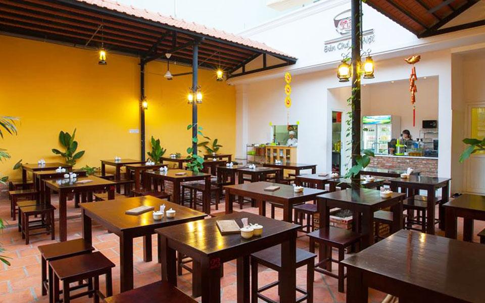 Bún Chả Hà Nội Xưa - Phạm Văn Bạch