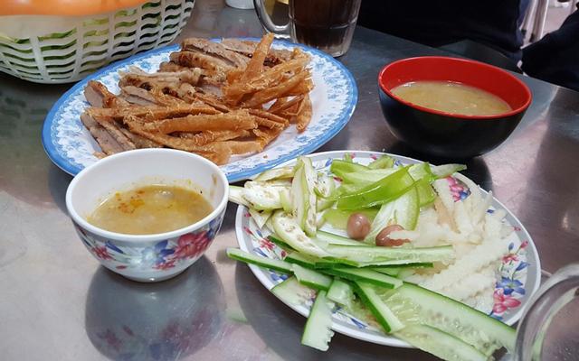 Tân Long - Nem Nướng & Chả Ram Bắp ở Lâm Đồng