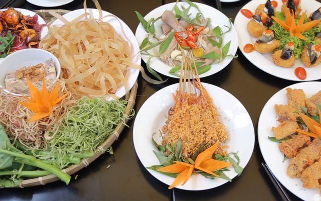 Ngò Ta Quán - Các Món Ăn Vặt ở TP. HCM