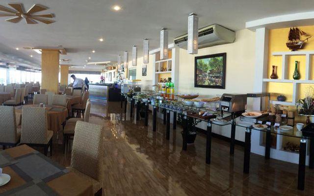 Bến Thành Bar & Restaurant ở Huế