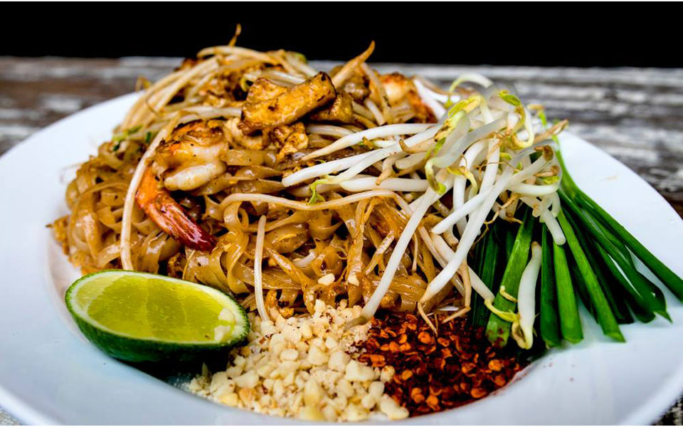 Image result for ẩm thực chợ chatuchak