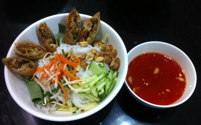 Quán Chay Cát Tường - Pizza, Mì Ý & Lẩu - Trần Huy Liệu