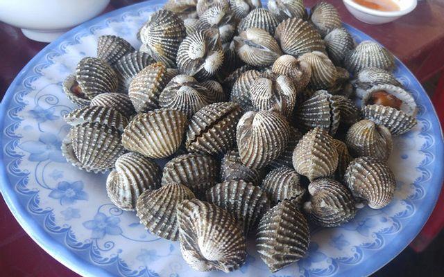 Thúy Kiều - Hải Sản Đầm Ô Loan ở Phú Yên