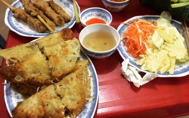 Bánh Xèo Vỉa Hè ở Vũng Tàu