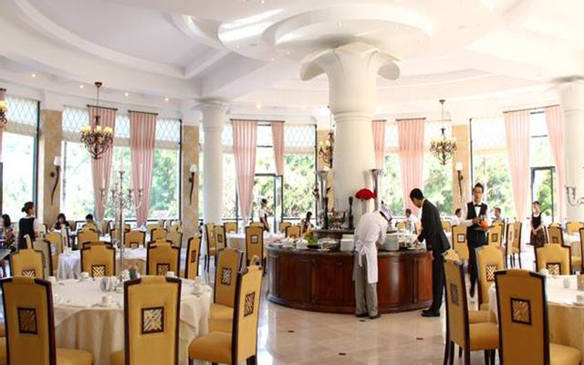 Riesling Restaurant - Dalat Edensee Resort ở Lâm Đồng